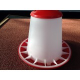 Plastic Feeder with lid 3kg